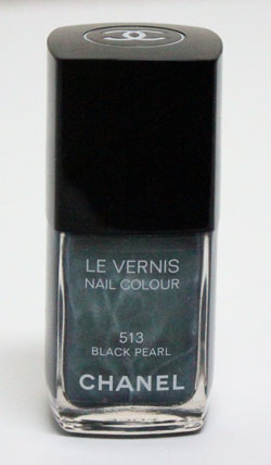 chanel-nail-polish-black-pearl