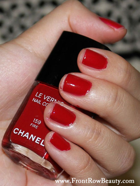 chanel-nail-polish-fire-without-flash