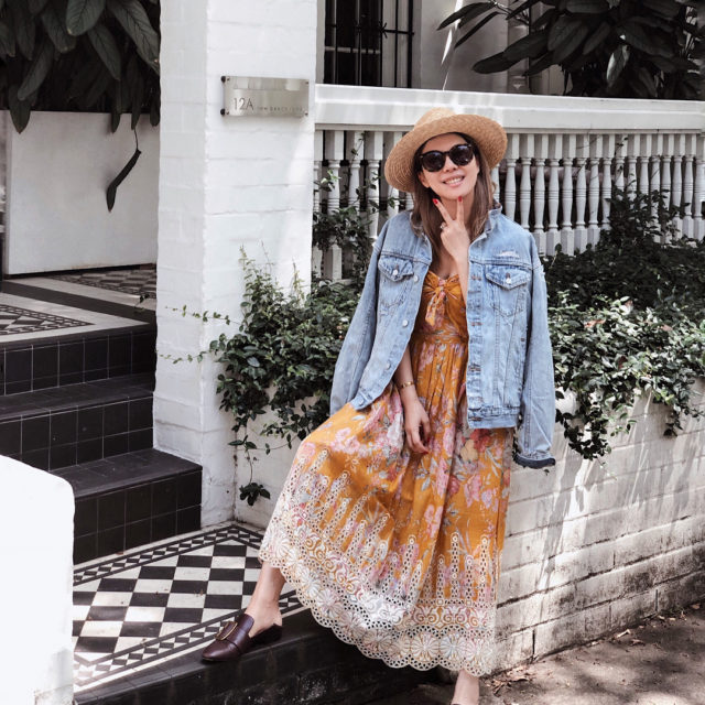 Yay it's the weekend!! The usual running errands in my summer uniform #Zimmermann and I am too lazy to put…
