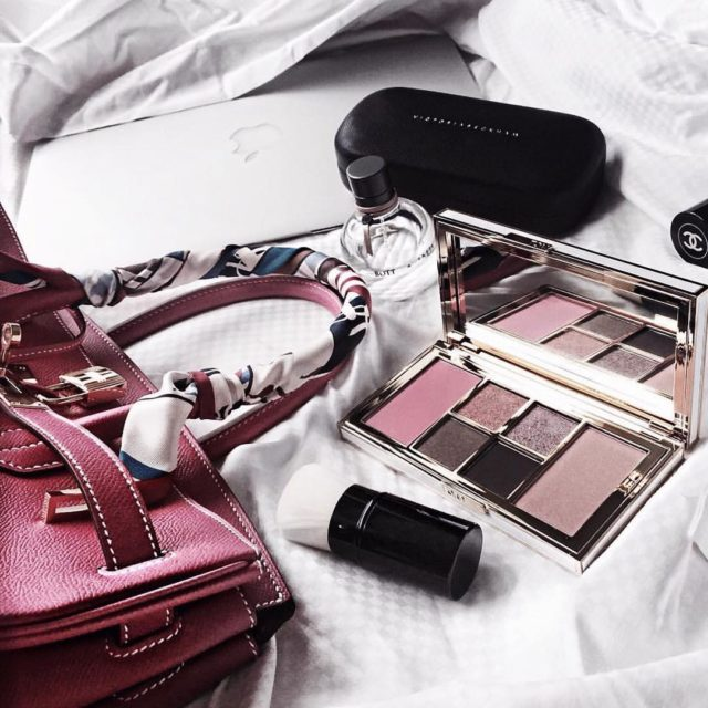 Good morning #tomfordbeauty #hermes #hermesbirkin #birkinrosetyrien #hermeslover #luxe #luxurybeauty #luxuryfashion