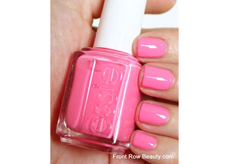 essie-knockout-pout-swatch