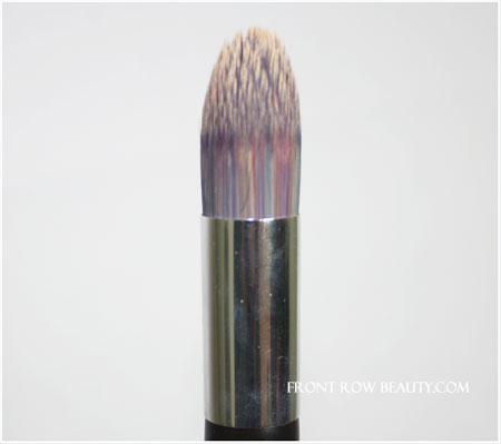 becca-foundation-brush-1