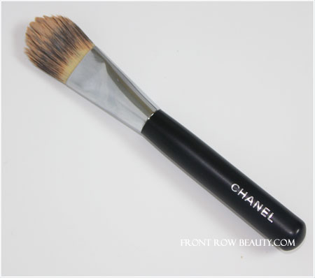 chanel-foundation-brush