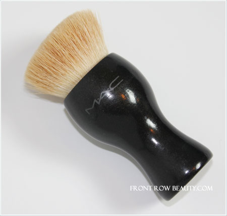 mac-small-buffing-foundation-brush