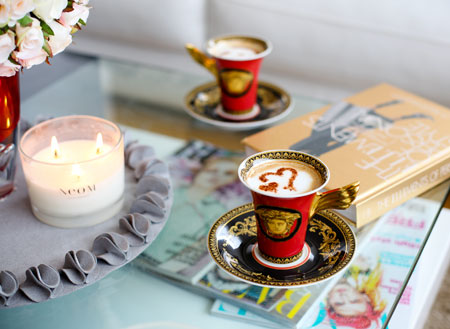 my-coffee-table-with-neom-candle-versace-cups