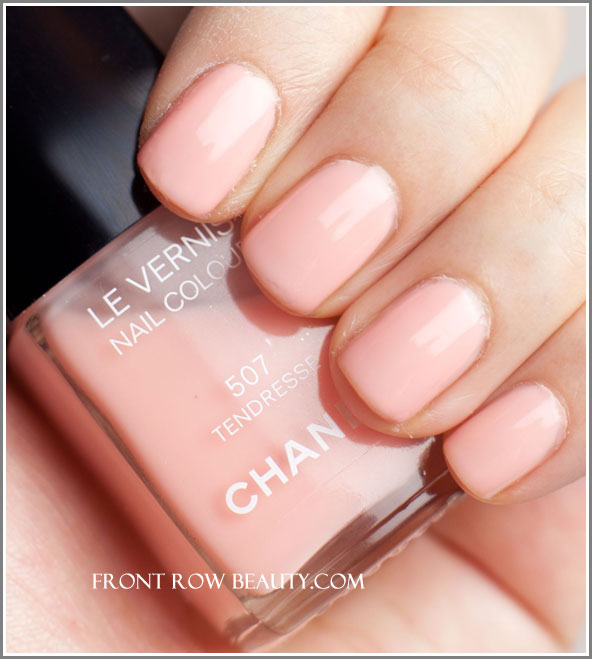 chanel-Le-Vernis-Nail-Colour-507-tendresse-swatch-1