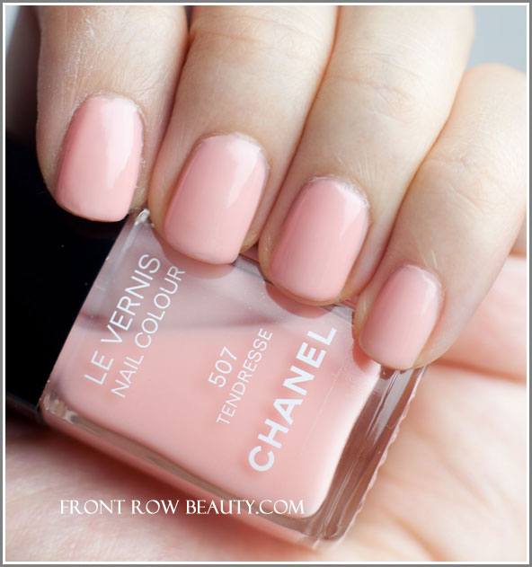 chanel-Le-Vernis-Nail-Colour-507-tendresse-swatch