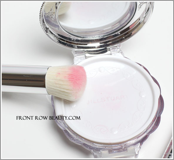 jill-stuart-blush-blossom-duo-cheek-color-102-classic-camellia-1