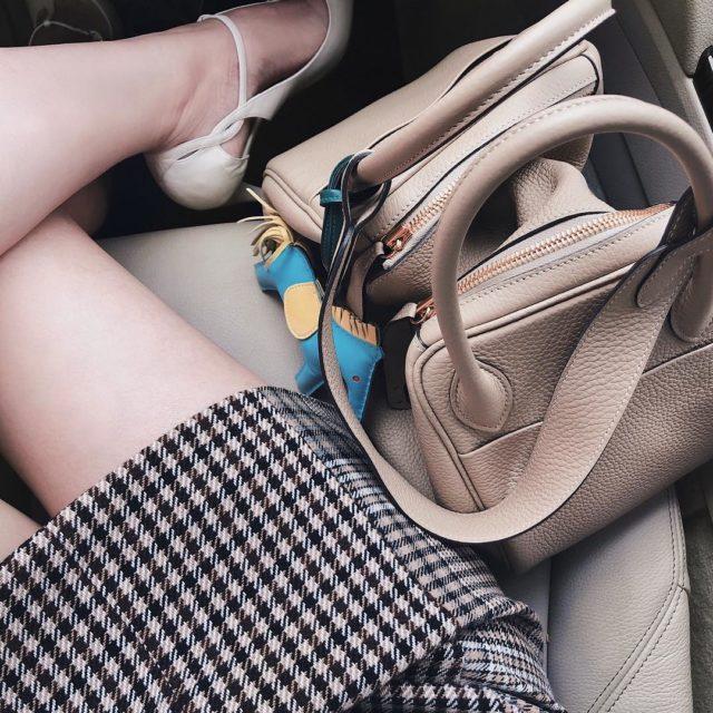 #bagfie #bagoftheday #hermeslindy #lindy30 #hermestrench #hermeslindy30 #hermesrodeocharm #fromwhereisit #hermeslover #lindytogo #luxe #luxurystyle