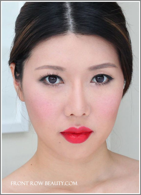 suqqu-creamy-glow-lipstick-karakurenai-18-swatch-fotd-2