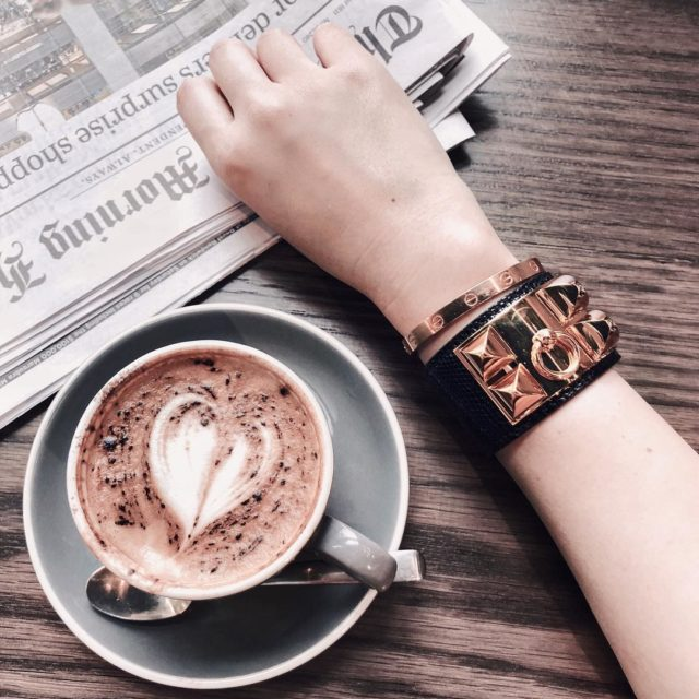 #aotd #cartierlovebangle in rose gold looks perfect with #HermesCDC in rose gold #coffeetime #hermes #hermeslover #hermescdccroco #cartierlove #cartierlover #wwi #hermescdcblack