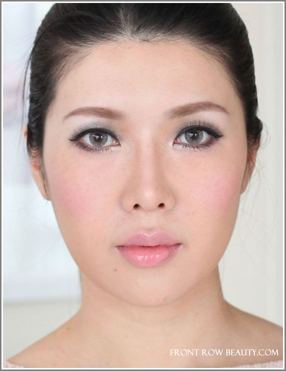 frontrowbeauty_feb_smokey_eyes_fotd_1