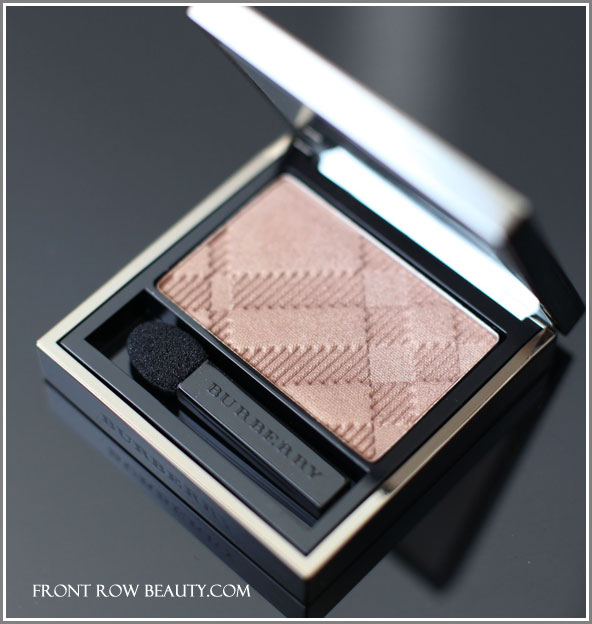 burberry-sheer-eye-shadow-pale-barley-22-spring-2012-collection