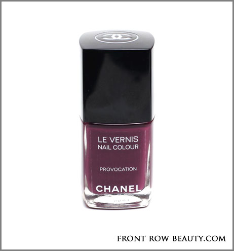 Twin-Sets-de-Chanel-le-vernis-vogues-fashion-night-out--provocation-2012-swatch