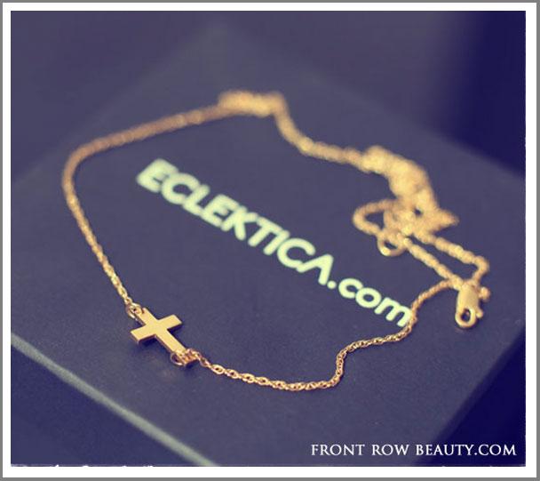 jennifer-Zeuner-Mini-Horizontal-Cross-necklace-3