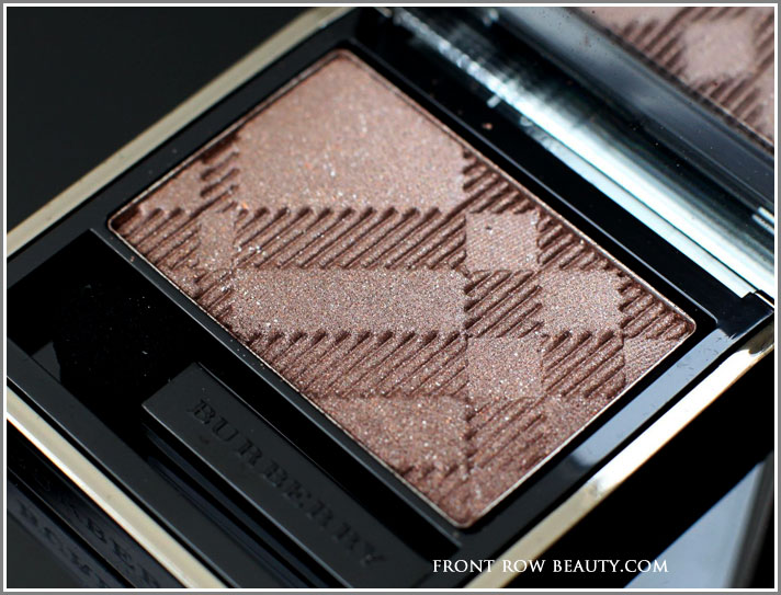 Burberry-Sheer-Eyeshadow-midnight-brown-swatch