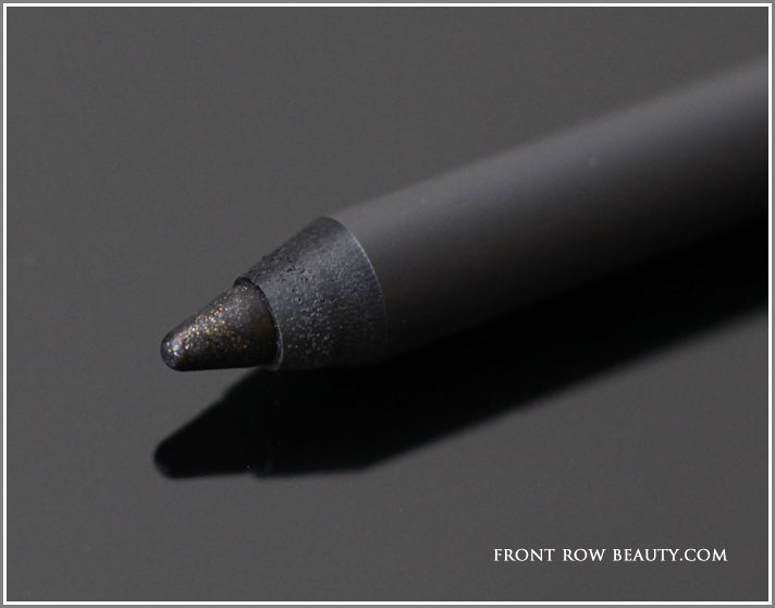 THREE-Flash-Performance-Pencil-Eyeliners-05-swatches