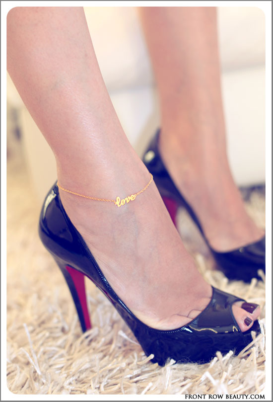 jennifer-zeuner-love-anklet-gold-1