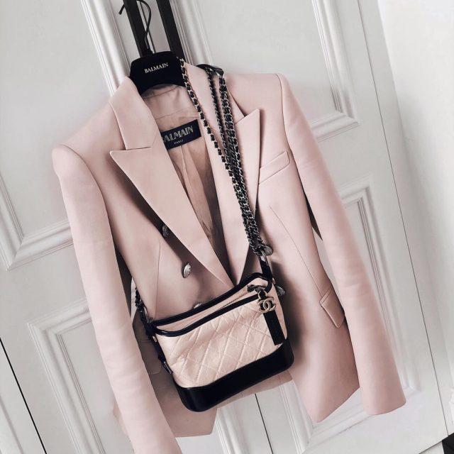 Nude pink #Chanel #chanelgabrielle #chanelgabriellebag #balmainblazer #balmain #luxe #luxuryfashion #gabriellechanel #chanelgabriellemini