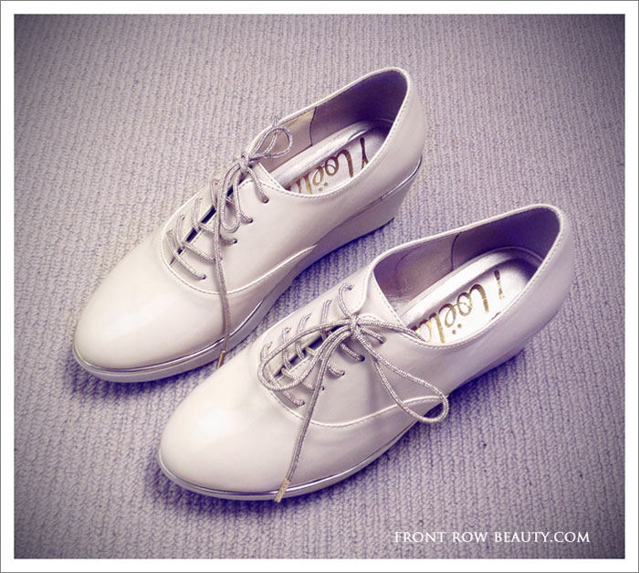 white-oxfords-shoes