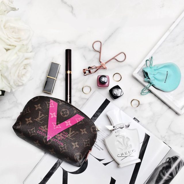 Happy Wednesday #motd #flatlay #louisvuitton #luxe #fromabove #bblogger #luxe #luxurybeauty