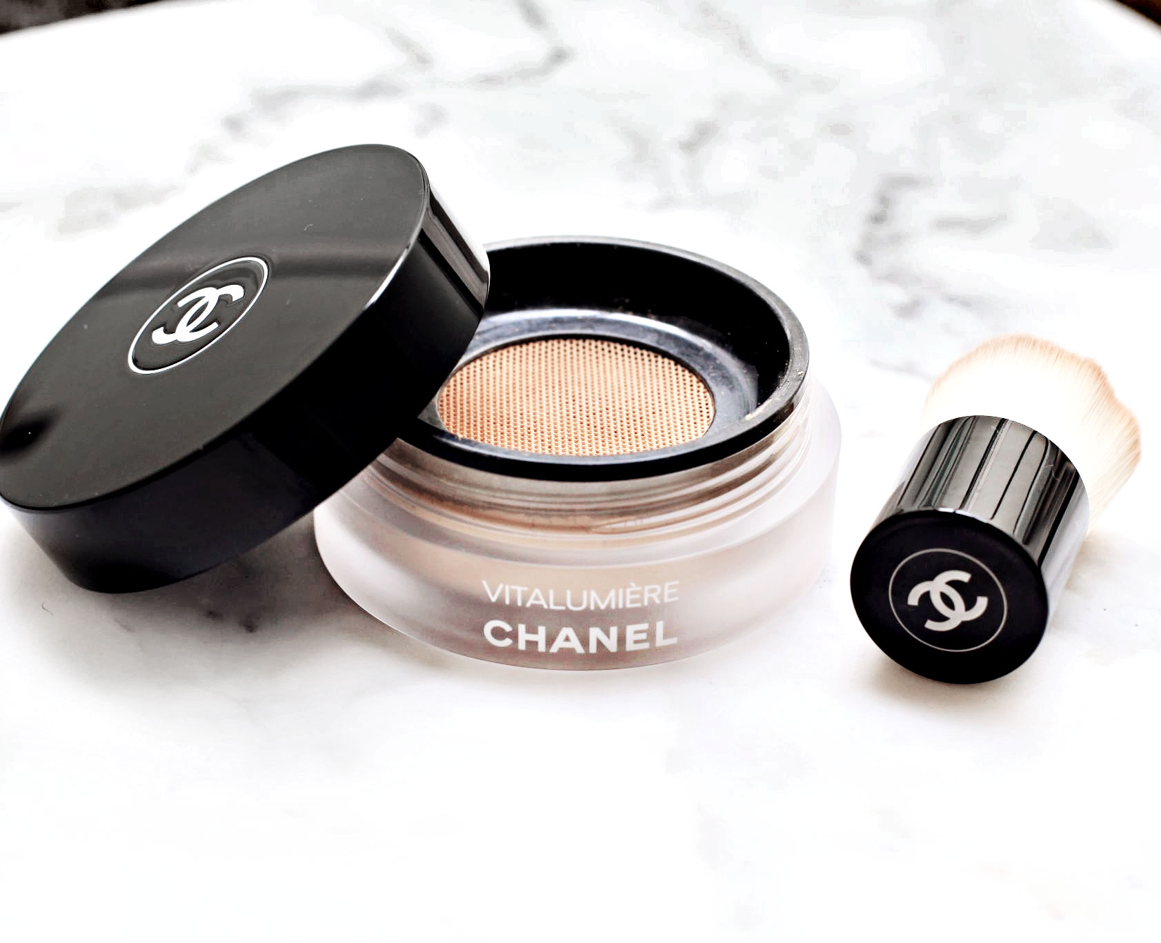 Chanel Vitalumiere Loose Powder Foundation with mini Kabuki brush Review and Swatch