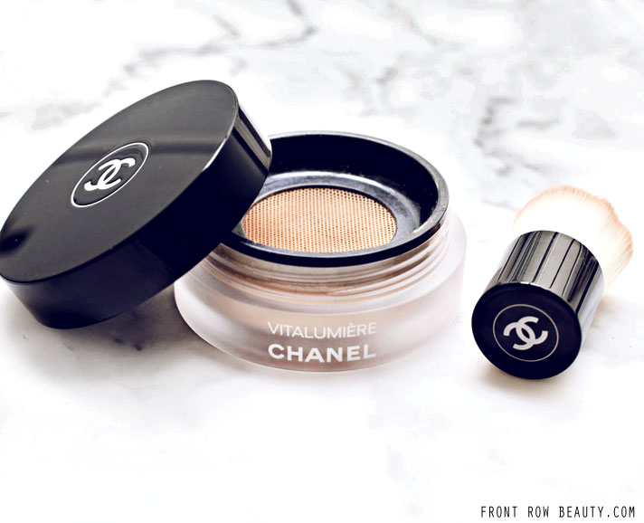 chanel-vitalumiere-loose-powder-foundation-review-swatch-1