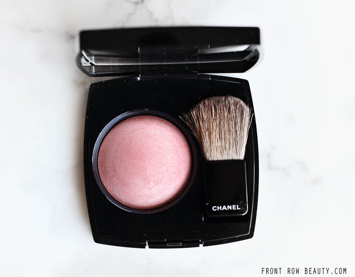 chanel-plumes-precieuses-holiday-2014-collection-joues-contraste-blush-caresse-180-review-swatch