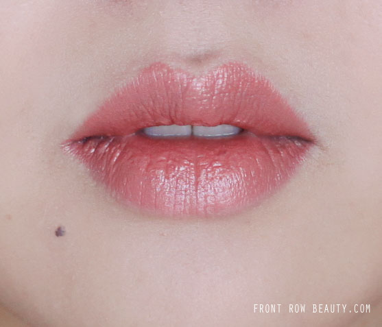 charlotte-tilbury-kissing-lipsticks-bitch-perfect-swatch-review-1