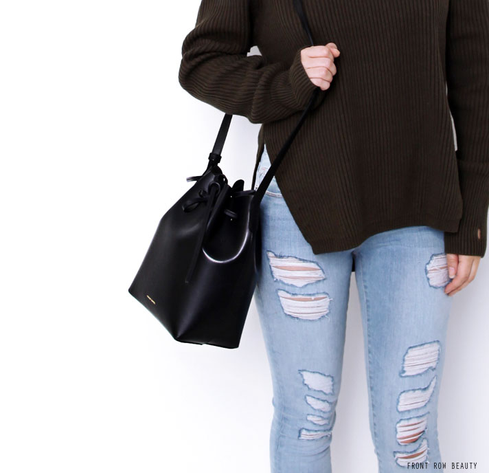 bassike-sweater-knit-frame-denim-le-skinny-de-jeanne-distressed-valentino-rockstud-noir-pump-mansur-gavriel-mini-bucket-bag-ootd-3