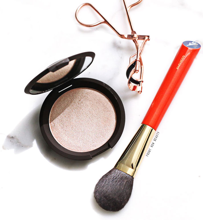 Becca Jaclyn Hill Shimmering Skin Perfector Champagne Pop Highlighter Review and Swatch