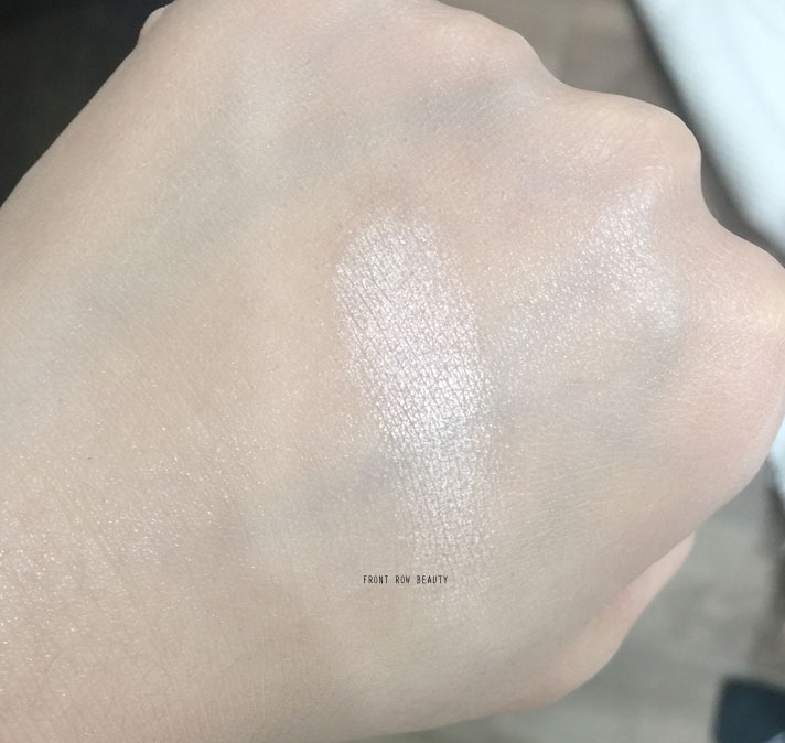 dior-diorskin-nude-air-glowing-gardens-illuminating-powder-review-swatch-1