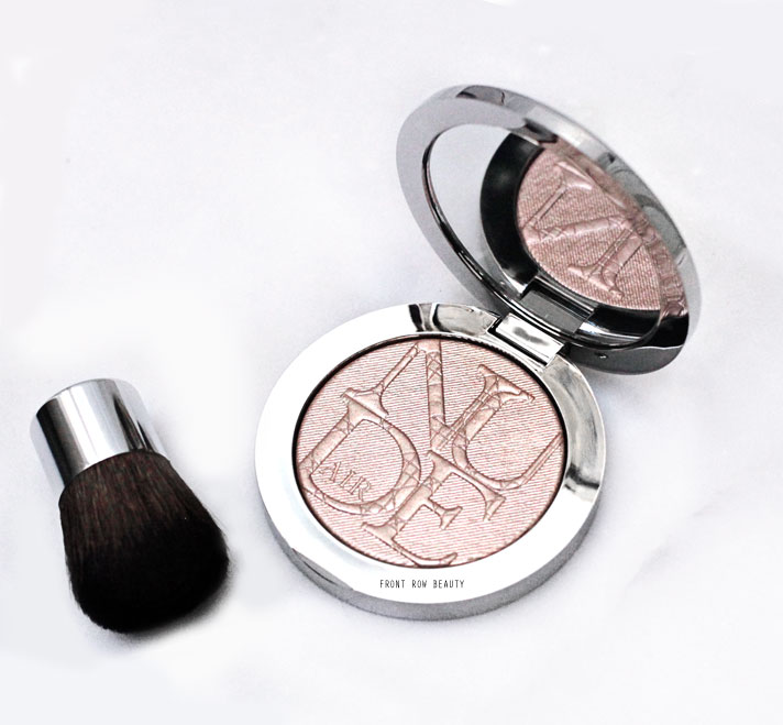dior-Diorskin-Nude-Air-Luminizer-Shimmering-Sculpting-Powder-001-review-swatch-2