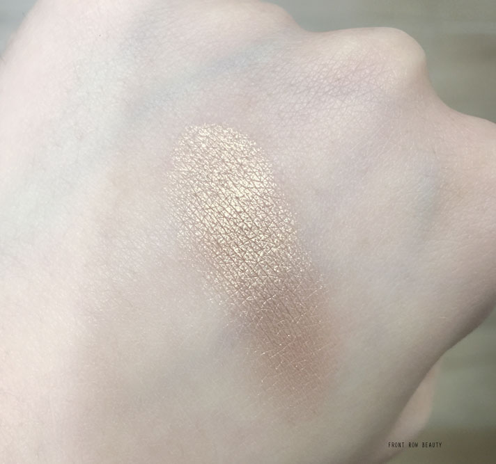 dior-Diorskin-Nude-Air-Luminizer-Shimmering-Sculpting-Powder-001-review-swatch-3