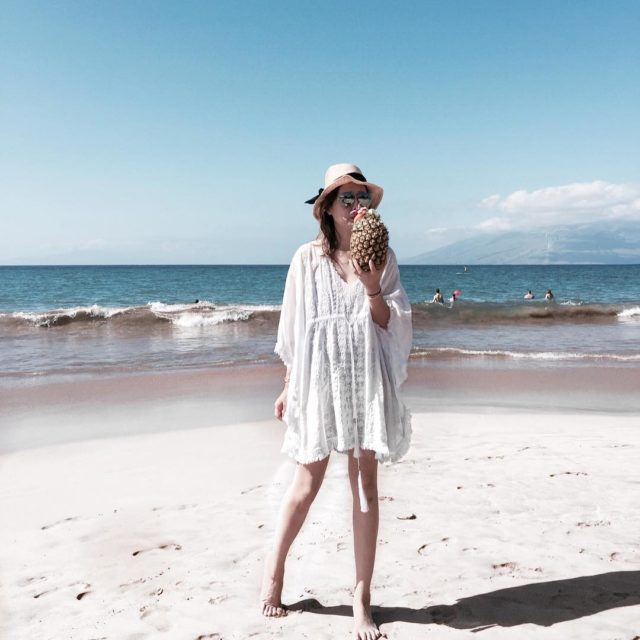 Life's a beach Wearing another beautiful kaftan by #melissaodabash #beachlife #vacay #holiday #hawaii #holiday #resortwear #instastyle #lifestyleblogger #instatravel #travelgram
