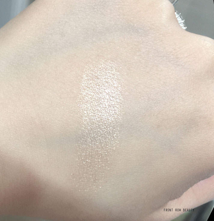 camelia-de-chanel-illuminating-highlighting-powder-2016-2017-review-swatch-4