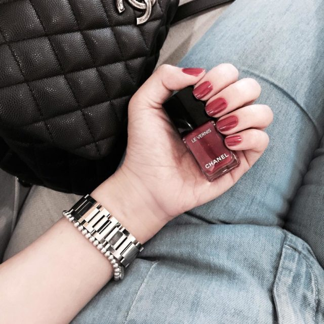 Getting lots of compliments for this pretty nail color #love #chanel #chanelbeauty #chanelmakeup