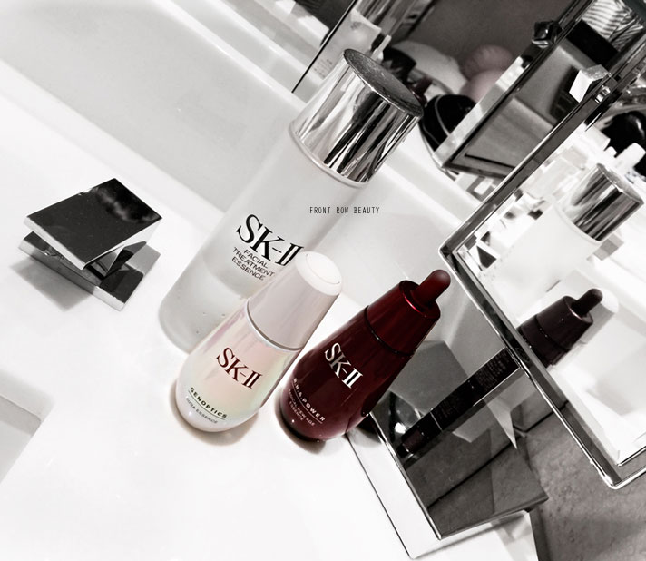 skii-Facial-Treatment-RNA-Power-Radical-New-Age-Genoptics-Aura-Essence-review