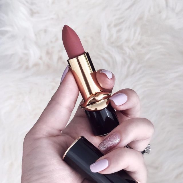#patmcgrathlipstick #omi swatch and review are up on my blog (link in bio) #patmcgrathlabs #patmcgrathlabs #patmcgrathomi #luxurybeauty #lipstickoftheday