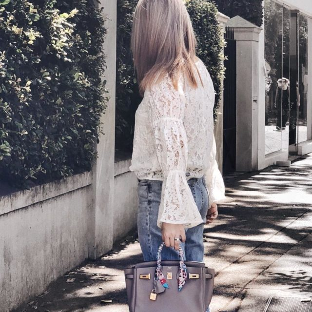 When your hair matches the color of your handbag ✌ #grisasphalte #hermesgrisasphalte #lookoftheday #instastyle #hermeslover #birkin25 #hermesbirkin25 #birkingrisasphalte #luxuryfashion #instafashion