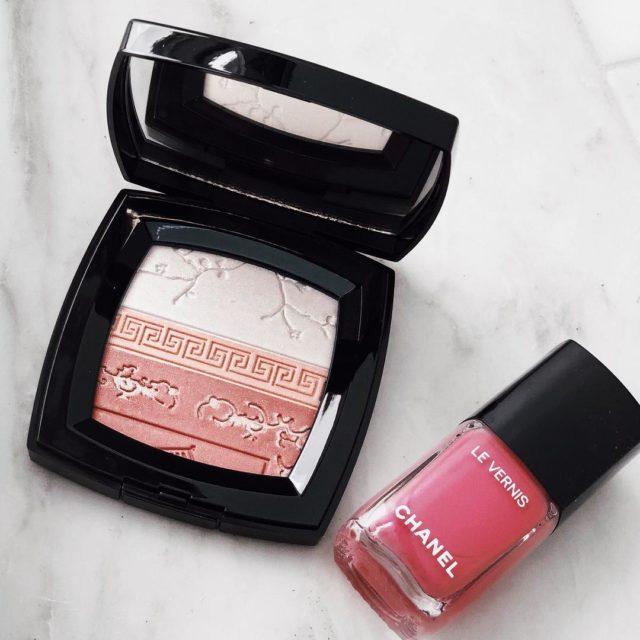New #Chanel illuminating powder #beauty #beautyjunkie #chanellover #chanelmakeup
