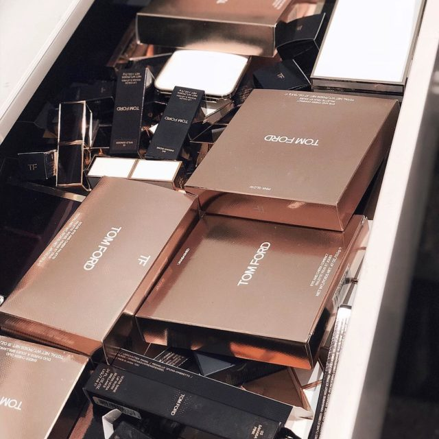Happy mess #tomford #firstworldproblems #tomfordbeauty #tomfordmakeup #beautyjunkie #luxurybeauty