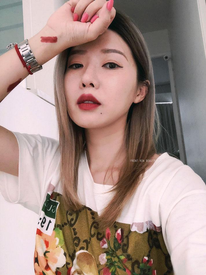charlotte-tilbury-hollywood-lips-liquid-lipstick-dangerous-liaison-review-swatch-5
